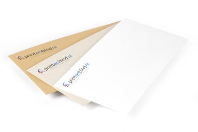 Bestel prachtige bedrukte enveloppen in gebroken wit
