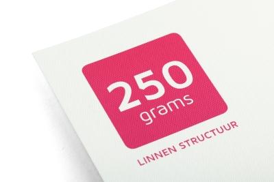 Laat je kaarten printen op 250 grams Linnen papier